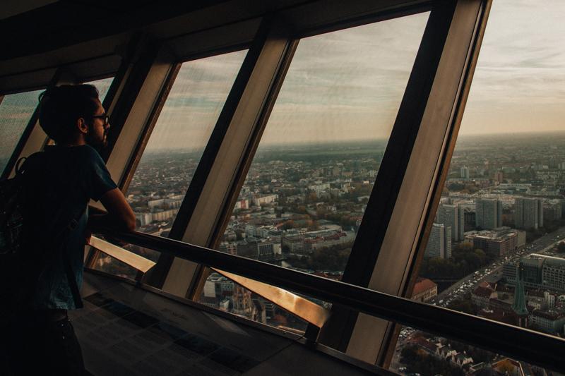 pequenos_monstros_berliner_fernsehturm_tv_tower-25