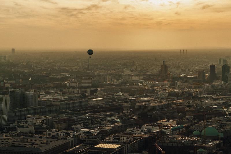 pequenos_monstros_berliner_fernsehturm_tv_tower-27