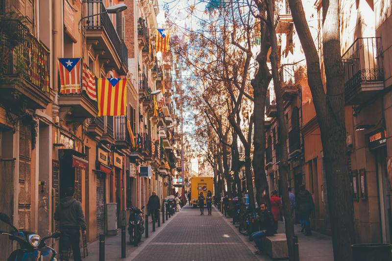 pequenos-monstros-tour-barcelona-comida-catala-devour-59