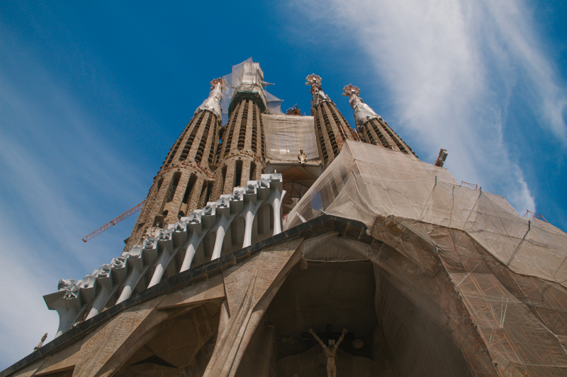 pequenos-monstros-barcelona-sagrada-familia-perfeccionismo-38