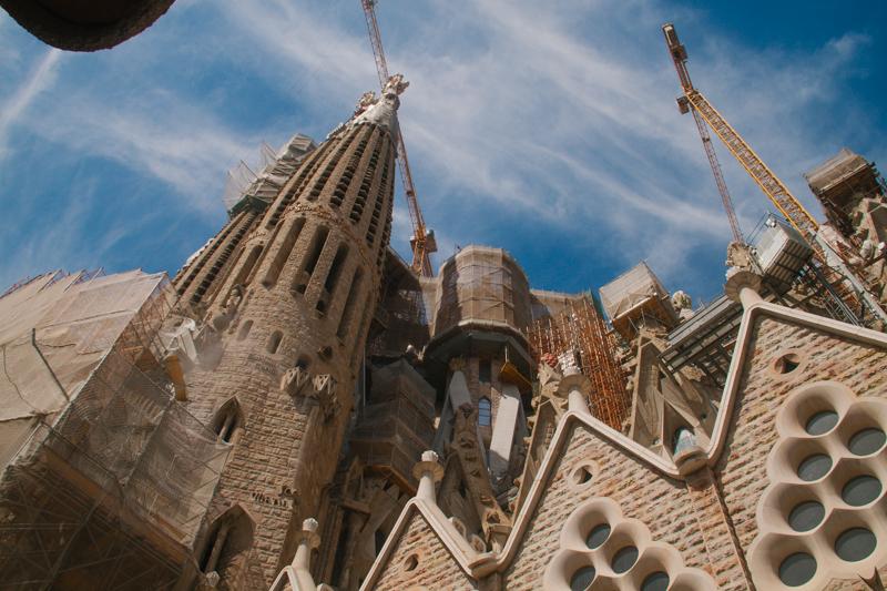 pequenos-monstros-barcelona-sagrada-familia-perfeccionismo-41