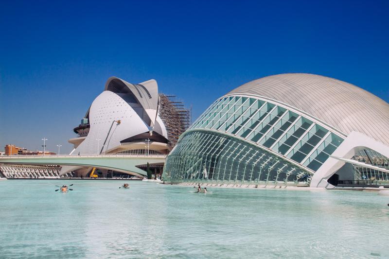 pequenos-monstros-valencia-espanha-ciudad-de-las-arts-cultura-2