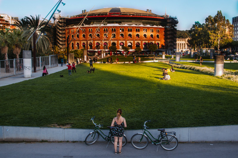 pequenos-monstros-barcelona-de-bicicleta-22